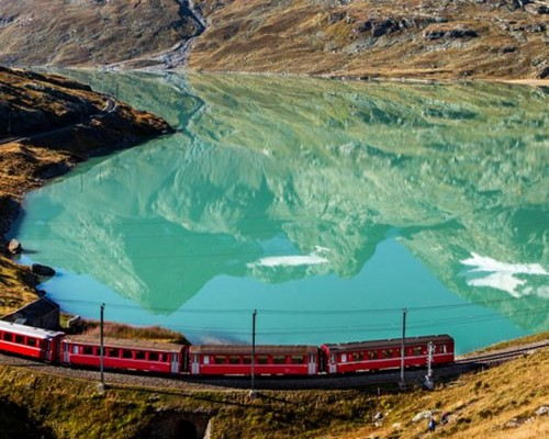 PASQUETTA A BORDO DEL BERNINA EXPRESS